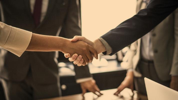 two people handshaking