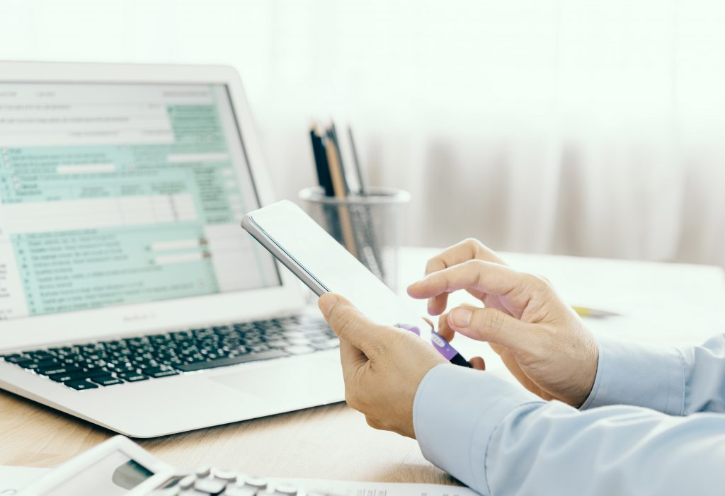 financial professional filing taxes electronically